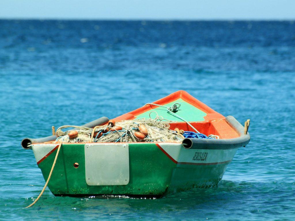 boat-207129_1920